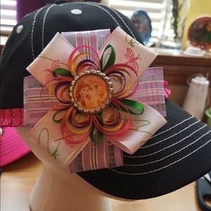 Girls hat with bow